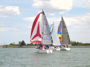 'Triton', IRC winner, in company with 'Poohstick' and 'Quixotic' at the start